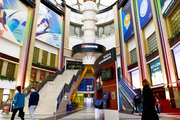 Cineworld-o2-entrance